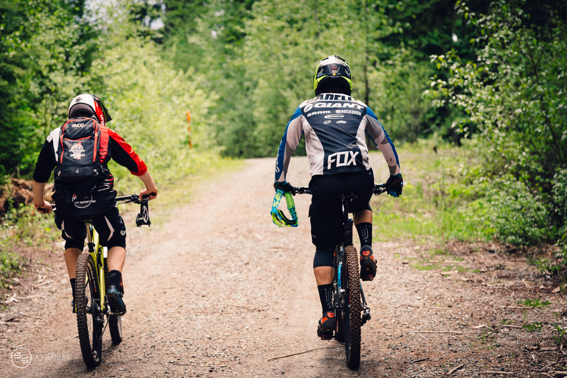 Jesse Melamed and Yoann Barelli liase to the next stage
