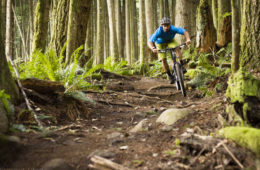 Joel Harwood Testing the Wolf Tooth Components Drop Stop Chainring