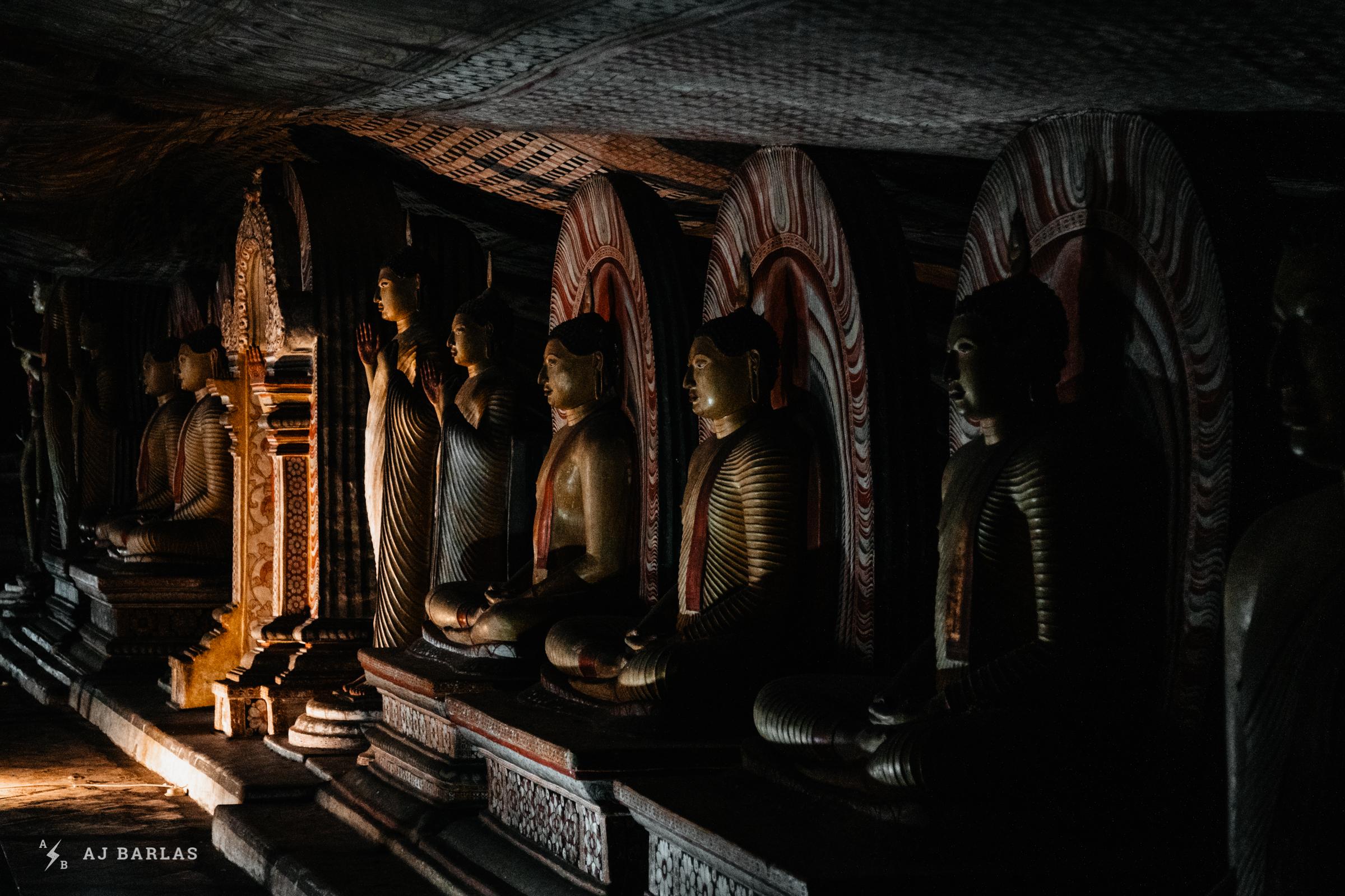 Dambulla Cave Temple Buddhist statues